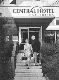 Central Hotel Eschborn, alter Eingang.